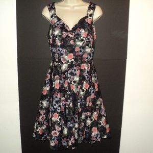 Hell Bunny M Dress Skulls, Flowers Fit and Flare